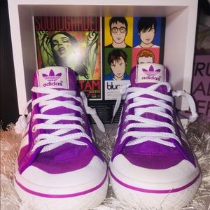 💕🌟Rare Adidas 2 Tone Purple 👟 Sneakers🌟💕